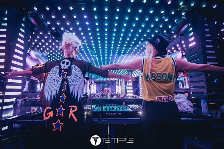 Temple nightclub San Francisco two dj girls mixing music cool