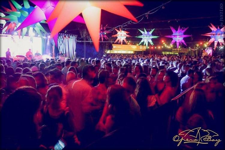 Terrazas del Este nightclub Buenos Aires crowd having fun drinking partying