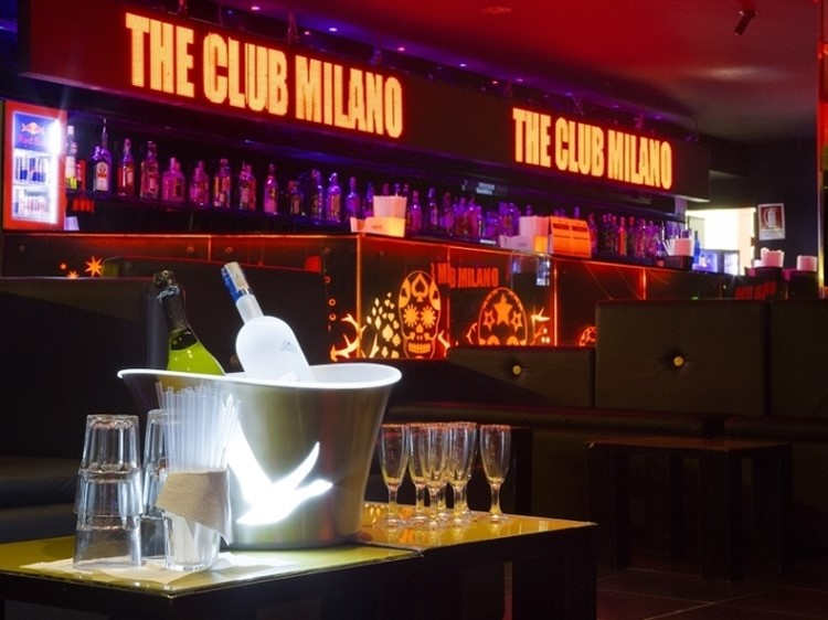 The Club nightclub Milano bottle service