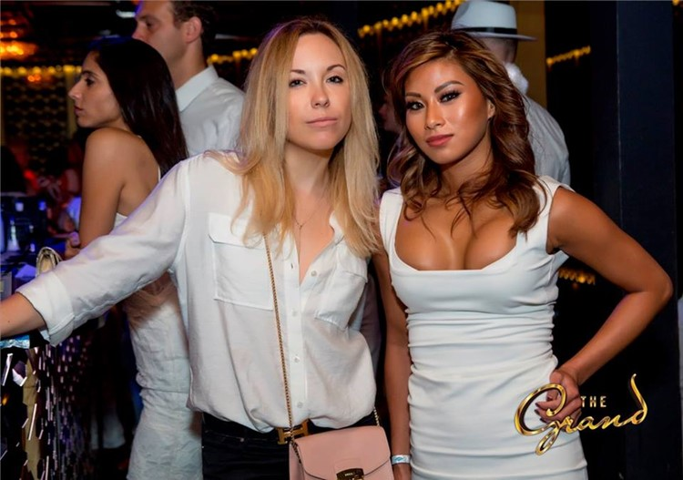 The Grand nightclub San Francisco blonde and brunette girls partying pretty