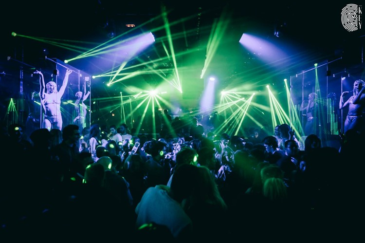 Party at The Key VIP nightclub in Paris. Find promoters for guest list in Clubbable