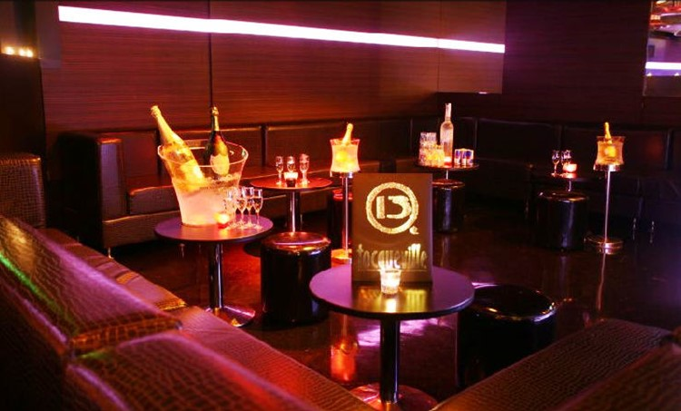 Tocqueville 13 nightclub Milan view of the club table bookings bottle service