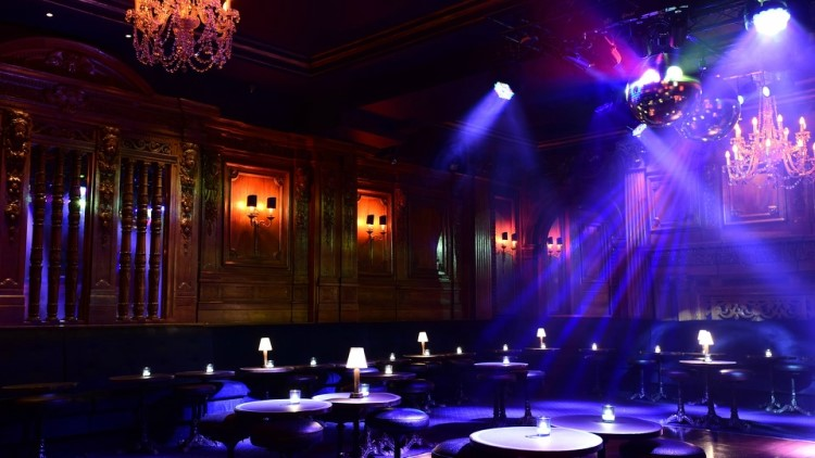 Party at Tramp VIP nightclub in London. Find promoters for guest list in Clubbable