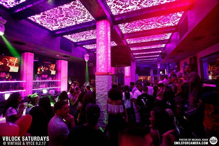 Vyce Lounge Club nightclub Orlando crowd people dancing