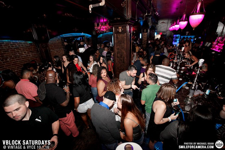 Vyce Lounge Club nightclub Orlando crowd partying drinking alcohol