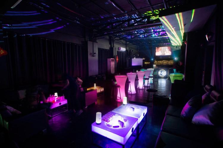 Ночные клубы 12 марта бармен в клуб без опыта работы москва